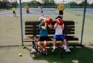 Những sai lầm về uống nước khi chơi tennis hậu quả không ngờ